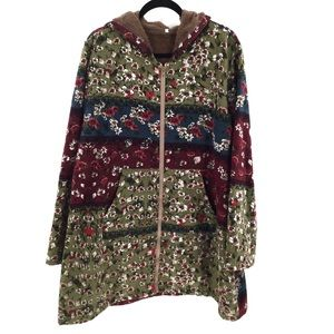 Jackets & Blazers - BoHo Floral multicolored faux lined hooded coat
